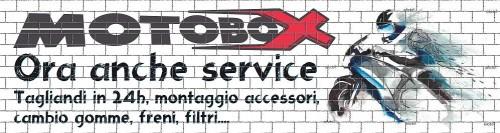 Vetrina Motobox officina2 sito.JPG